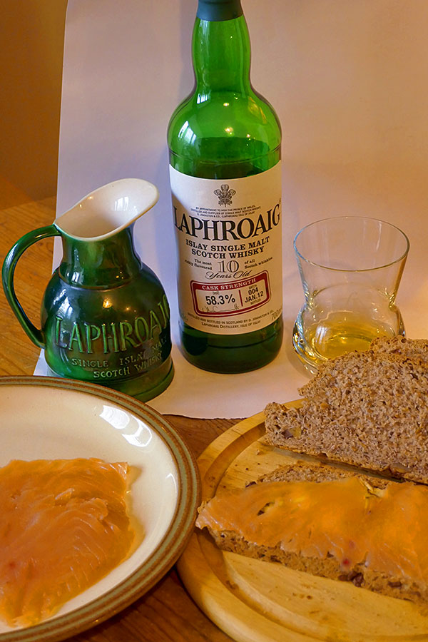 Picture of Laphroaig Islay single malt whisky, smoked salmon and homemade bread